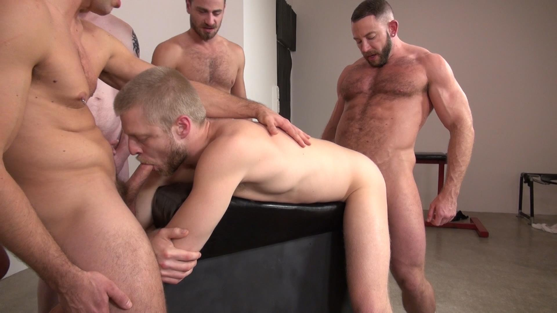 Free video clips of gay male sex orgies