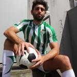 Bentley-Race-Adam-El-Shawar-Middle-Eastern-Soccer-Play-With-A-Huge-Uncut-Cock-Amateur-Gay-Porn-02-150x150 Straight Middle Eastern Soccer Player Jerking His Big Uncut Cock