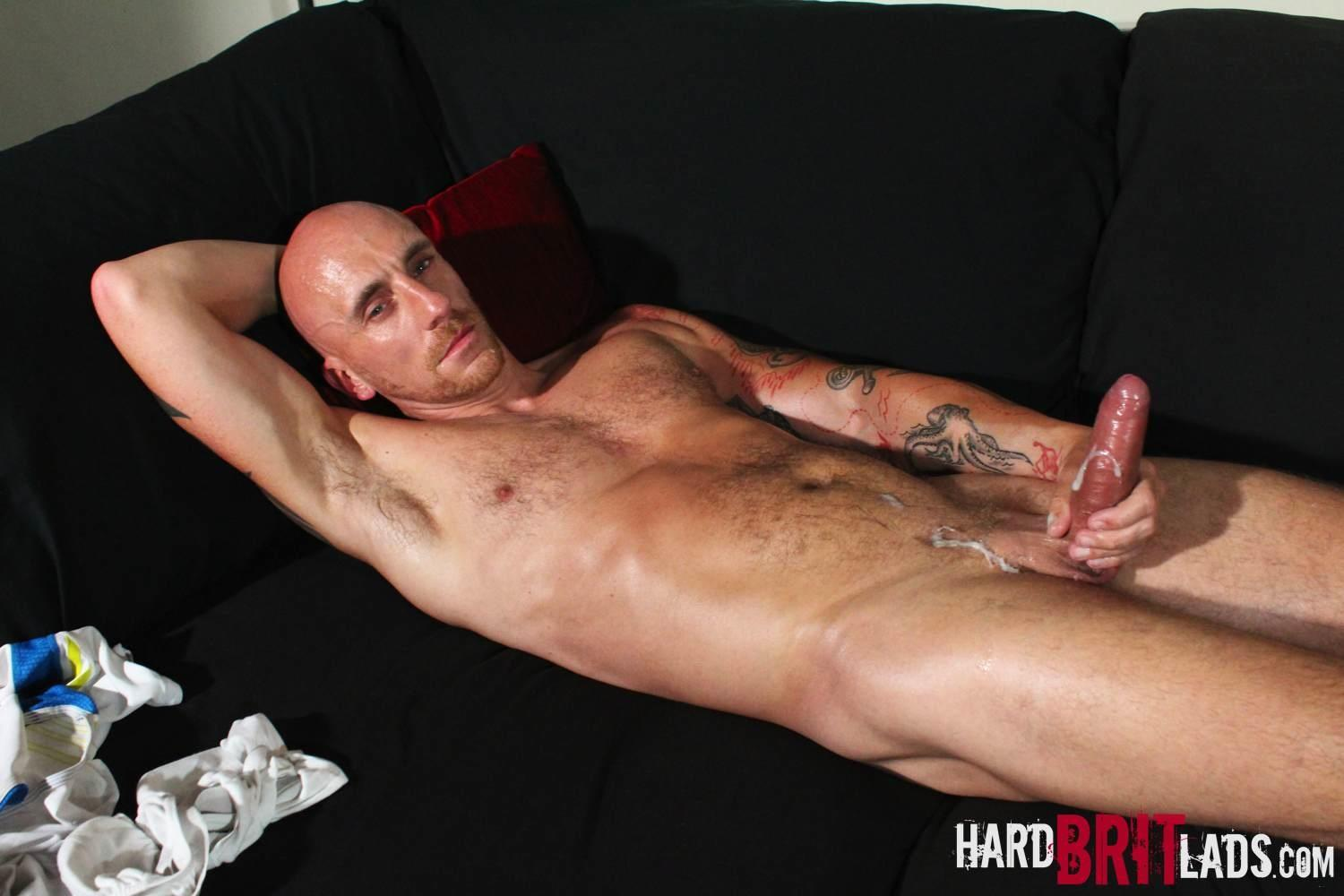 Hard-Brit-Lads-Sam-Porter-British-Muscle-Hunk-With-A-big-Uncut-cock-Amateur-Gay-Porn-26 Tatted Muscle British Hunk Sam Porter Jerking His Big Uncut Cock