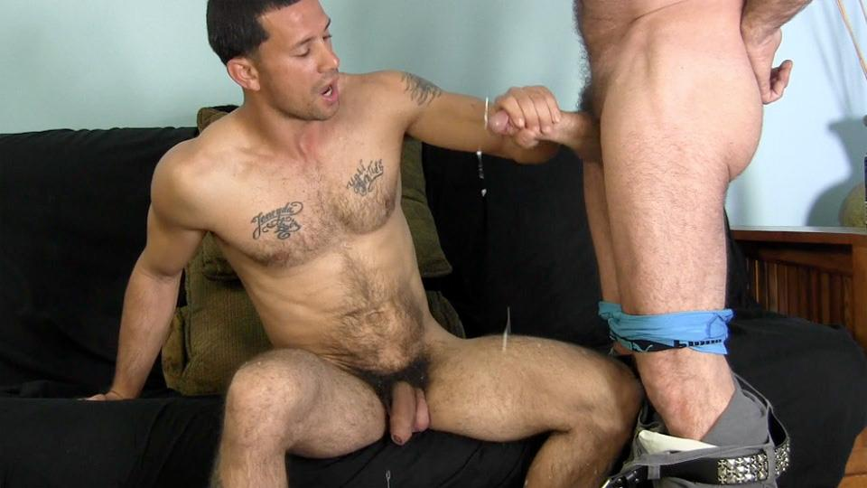 Straight Pornstar Muscle Sucking On Dick
