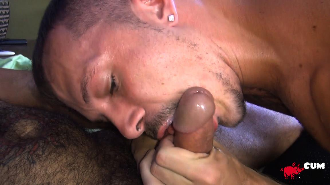 Cum-Pig-Men-Jimmie-Slater-and-Alessio-Romero-Hairy-Muscle-Daddy-Getting-Blow-Job-Amateur-Gay-Porn-41 Jimmie Slater Sucks A Load Of Cum Out Of Hairy Muscle Daddy Alessio Romero