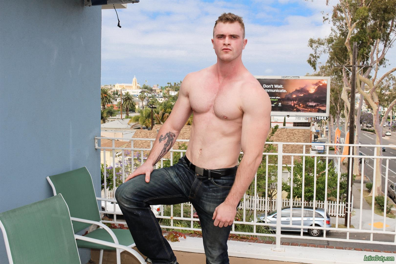 Active-Duty-Scott-Ambrose-Muscle-Naked-Marine-Jerking-Off-Amateur-Gay-Porn-06 Hairy Muscular American Marine Jerks His Thick Cock