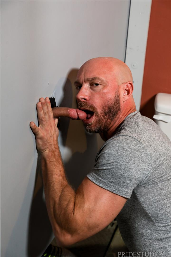 Men-Over-30-Killian-Knox-and-Sean-Harding-Bareback-Fucking-Public-Glory-Hole-05 Bareback Flip Fucking At A Public Glory Hole Restroom